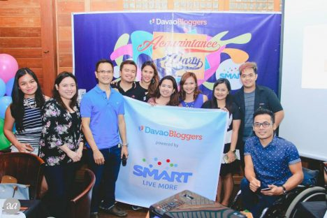 Davao Bloggers Officers and Smart  Communications Representatives