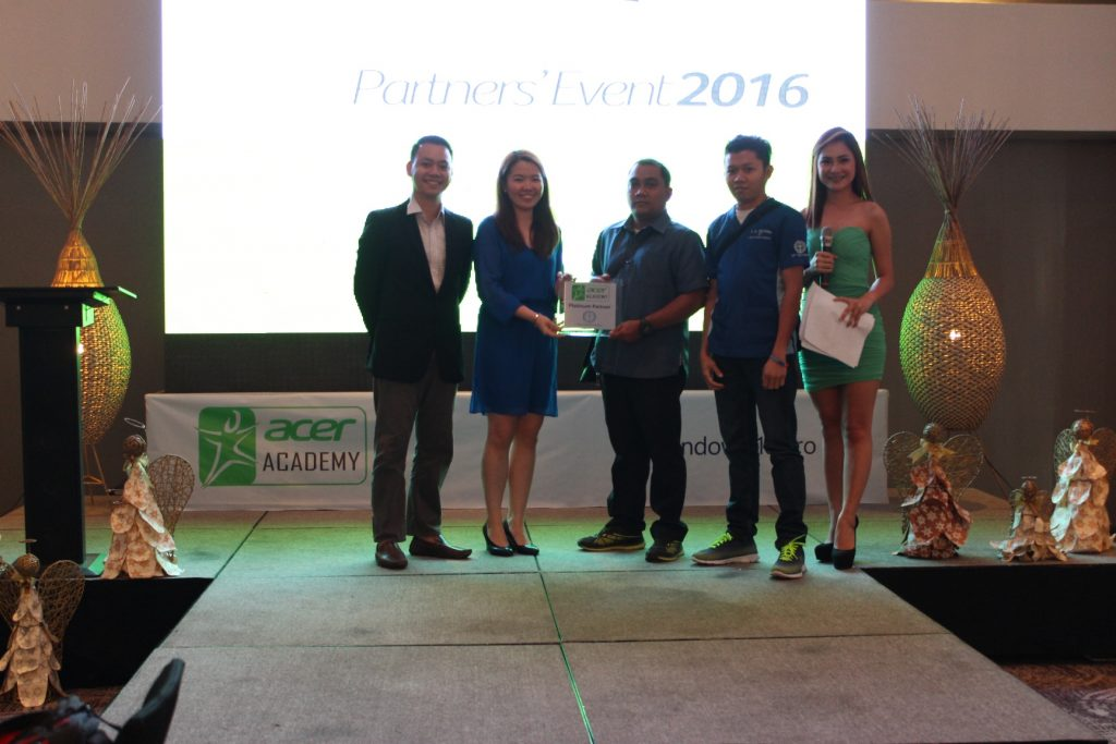 acer academy partners awarding